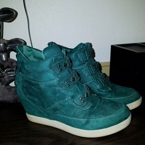 Candie's Wedge Sneaker